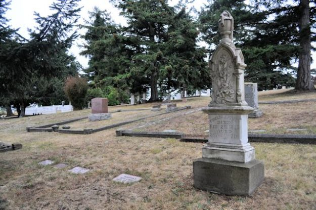 Sunnyside Cemetery in Coupeville Washington