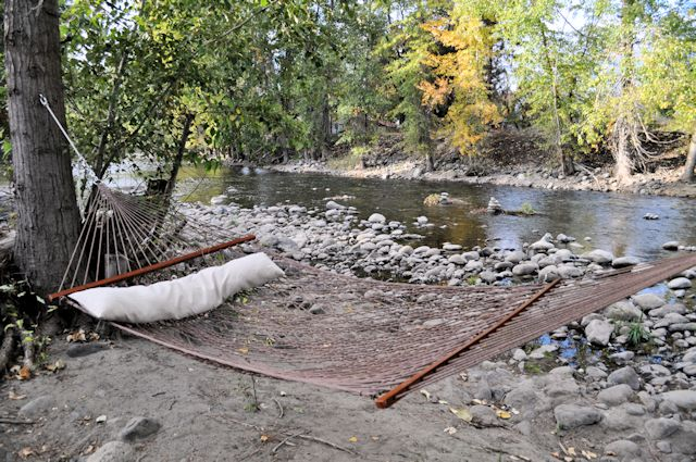 Twisp River Suites Hammock by the River