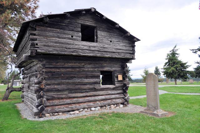 Sunnyside Cemetery Blockhouse