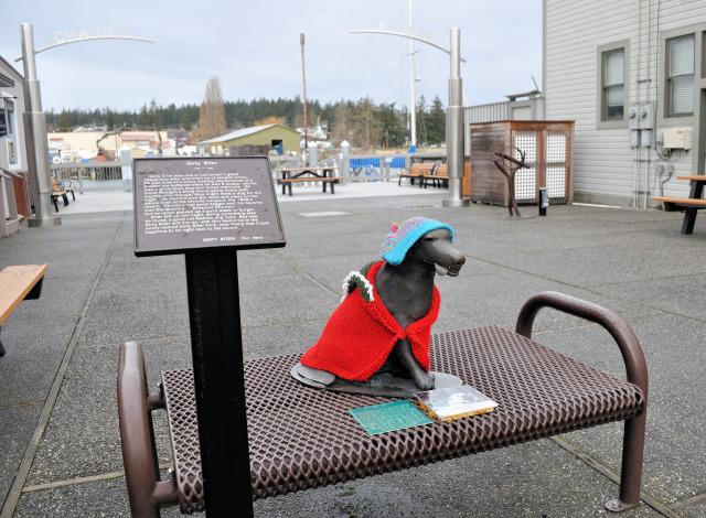 Dog sculpture in La Conner, Washington.