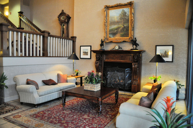 The sitting room at the Hotel Bellwether.