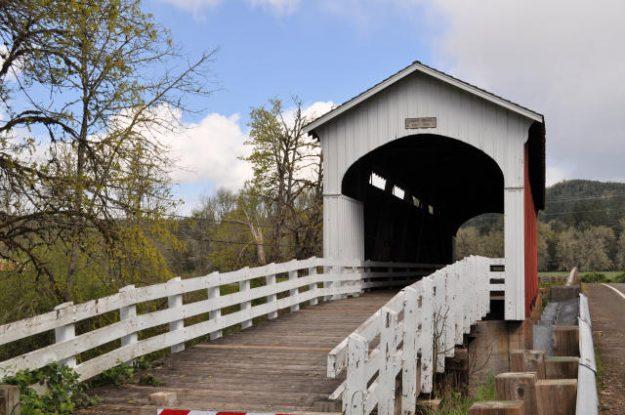 Currin Bridge in Cottage Grove, Oregon.