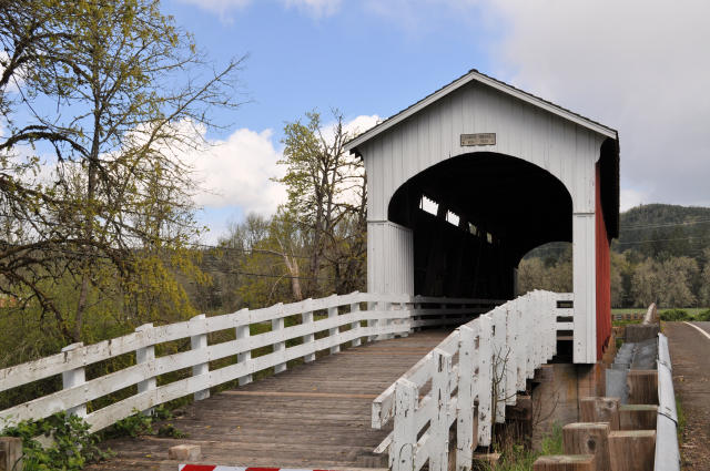 Currin Bridge in Cottage Grove, Oregon.