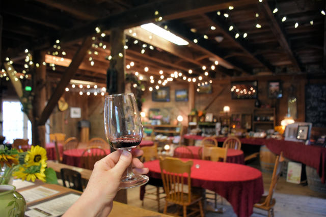 Wine tasting at Saginaw Vineyards near Cottage Grove, Oregon.