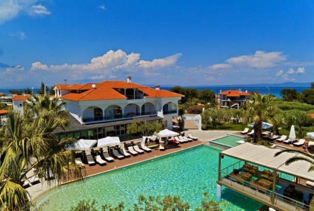 Felgra Palace Hotel pool.