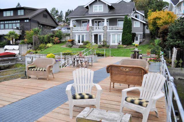 Romantic getaways at the Waterfront Inn in Gig Harbor, Washington.