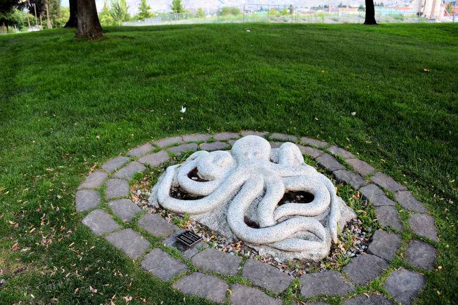 Sculptures along the Wenatchee Riverfront Park.