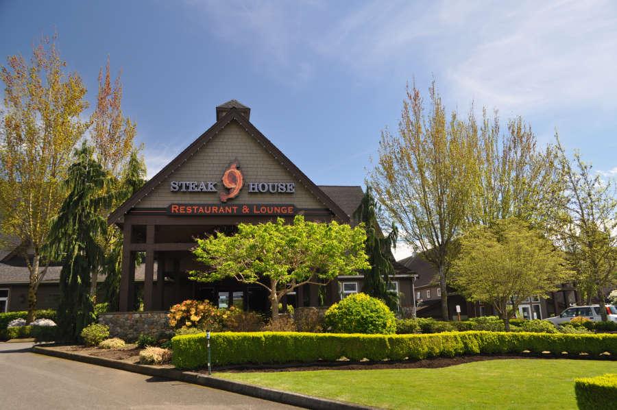 Dine in Lynden, Washington at Steakhouse9 Bistro.
