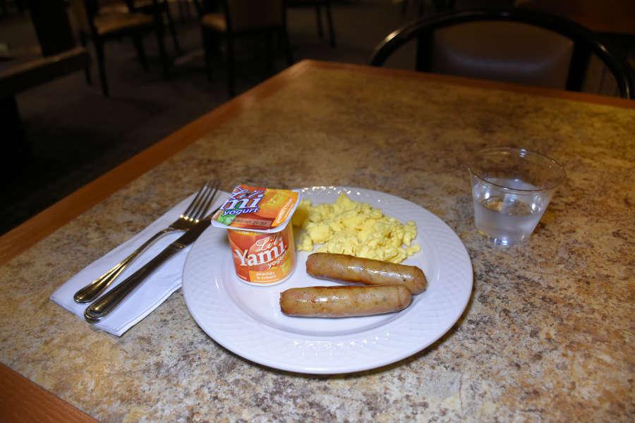 Breakfast at the Best Western PLUS University Inn in Moscow, Idaho.