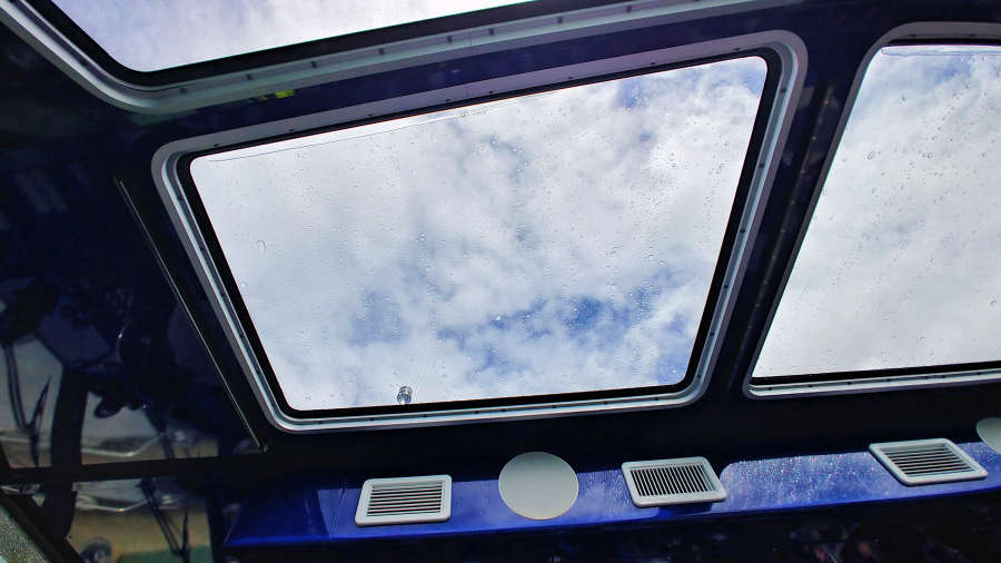 Glass ceilings on the Alice Ross IV for the Diablo Lake & Lunch Tour.