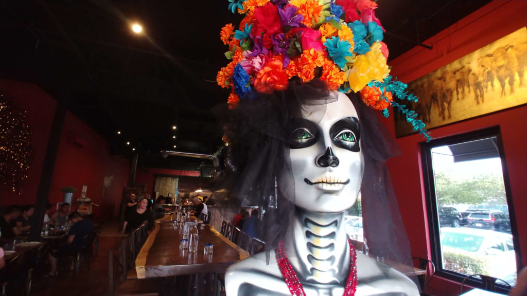 Day of the dead statue in Asadero Kent.