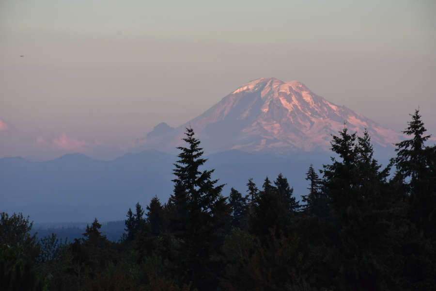 View of Mt. Rainier at East Lake Fenwick Park in Kent, Washington.
