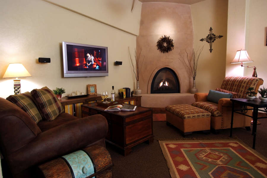A room room at Desert Wind Winery.