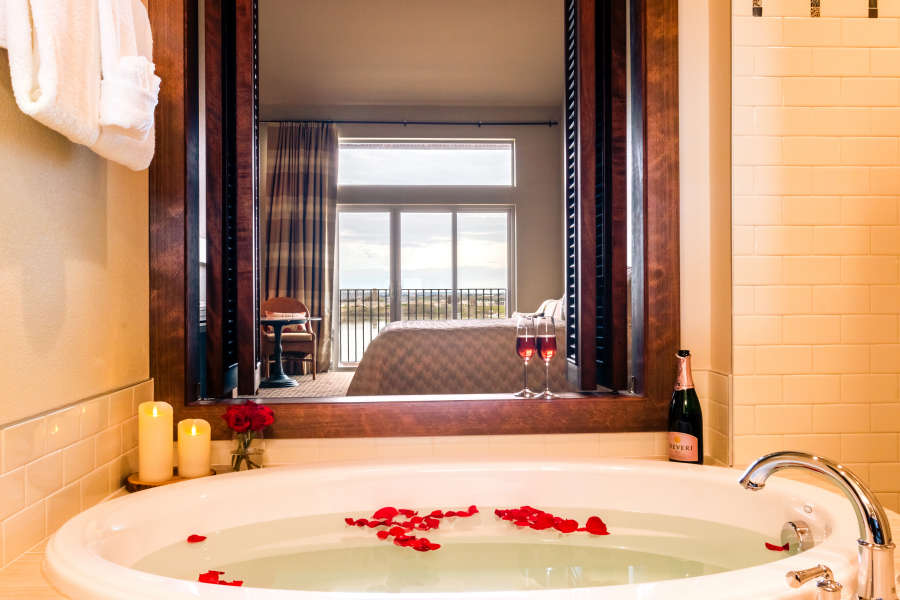 A jetted tub in a guest room at The Lodge at Columbia Point.