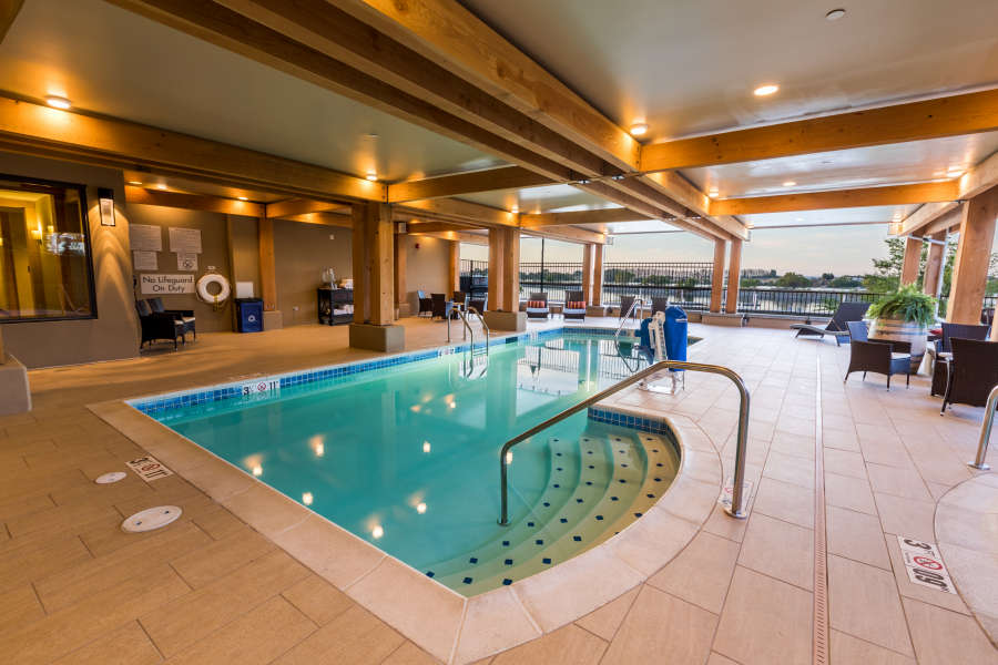 The outdoor pool at The Lodge at Columbia Point.