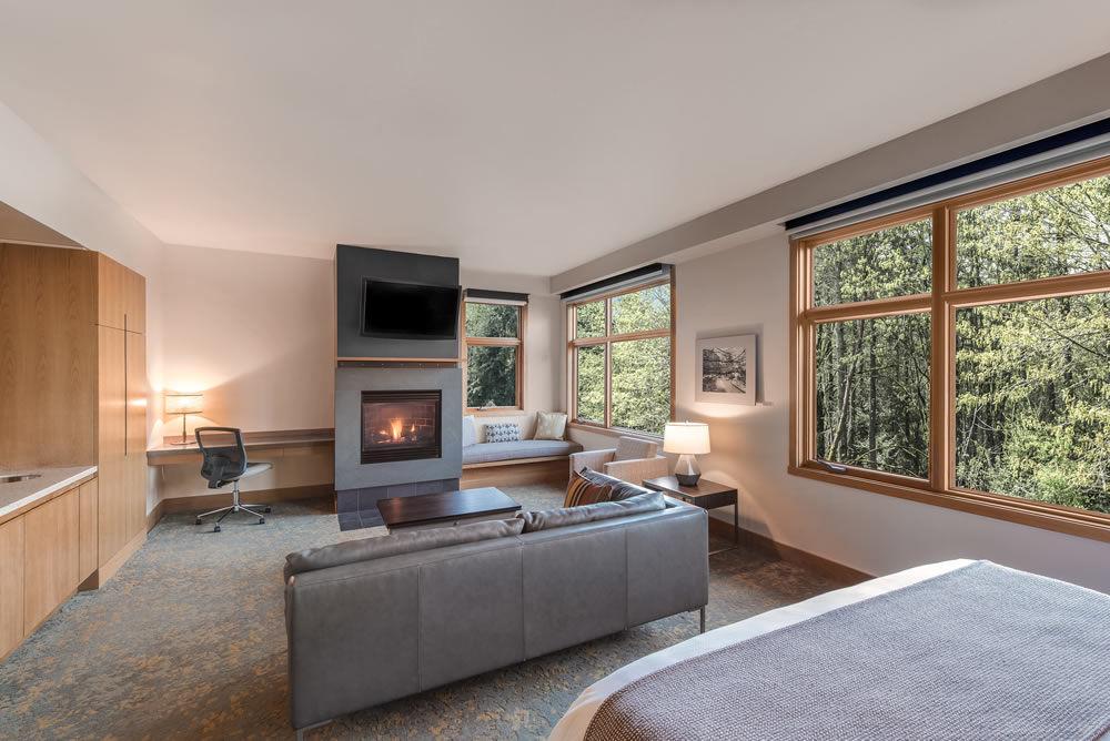 Guest suite at Cedarbrook Lodge at SeaTax, Washington.
