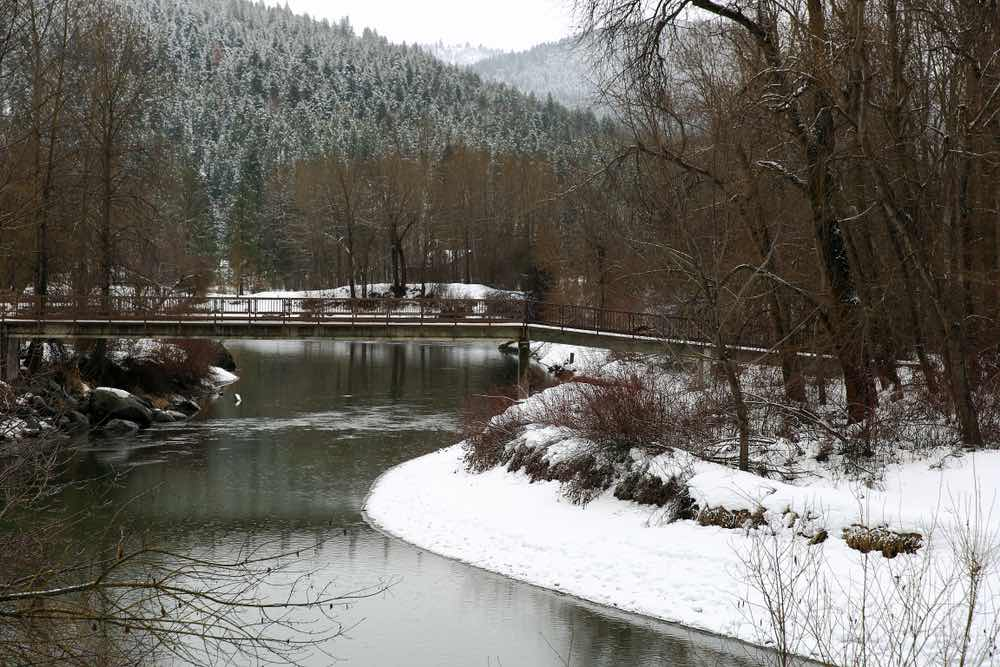 Icicle River in Leeavenworth, a popular winter hike in the area with snowshoes