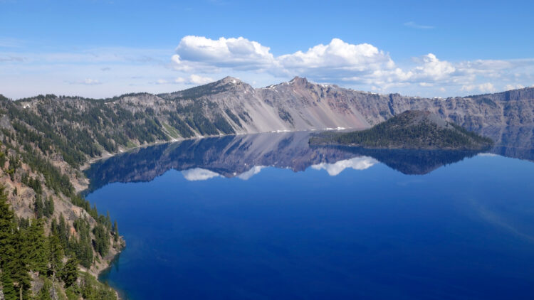 view of crater lake from garfield peak trail