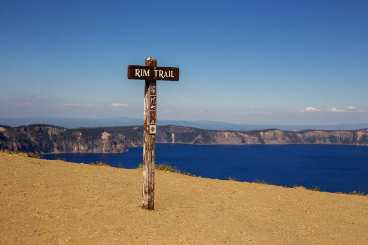 sign denoting rim hiking trail crater lake oregon