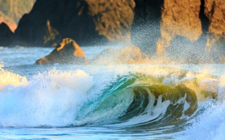 ocean wave crashing on oregon coast