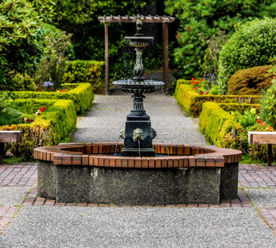 fountain in formal gardens in coos bay
