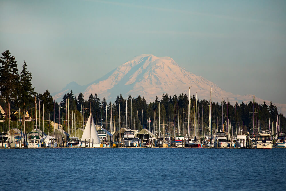 marina of poulsbo with mt rainier in the background