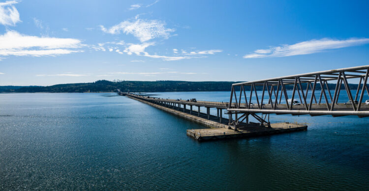the floating bridge that leads to poulsbo