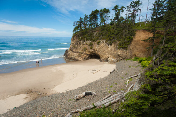 The beautiful beach of Hug Point State Park, close to Cannon Beach, OR