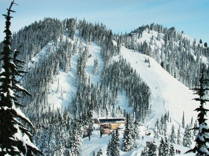 a ski resort area in stevens pass washington a great winter getaway destination